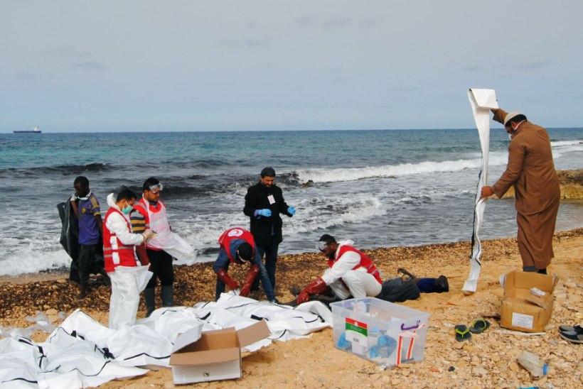 Meri uhtus Liibüa rannikule 87 migrandi surnukehad