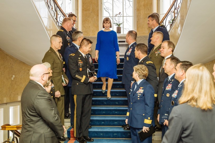 GALERII   Eestis on visiidil paarkümmend USA kindralit