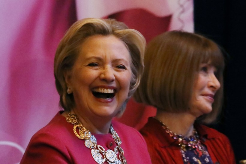 Halvima filmi Kuldvaarika pälvis Hillary-vastane dokk