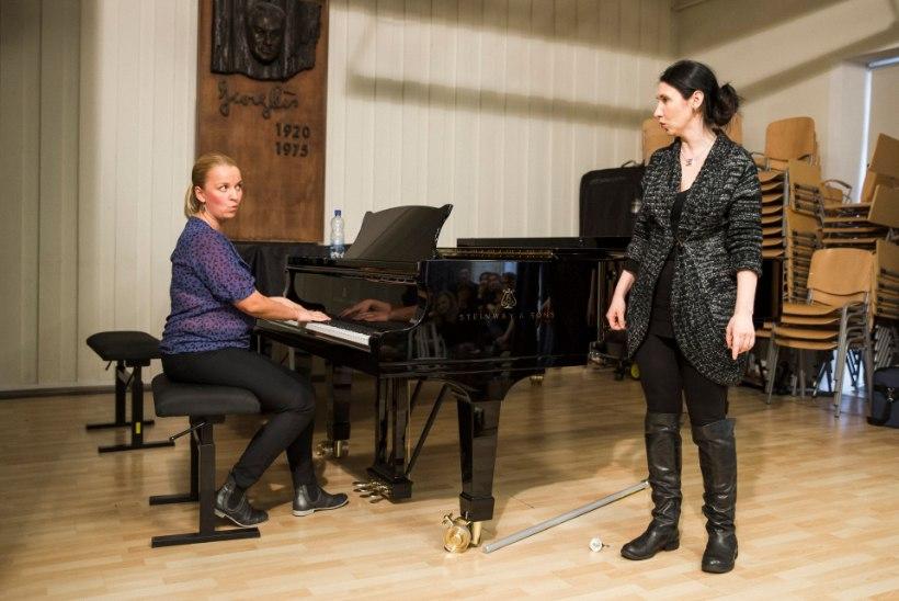 Bert Pringi häälefoorumil: lauluõpetajad peaks koostööd tegema, mitte solvunult ja teretamata üksteisest mööda kõndima