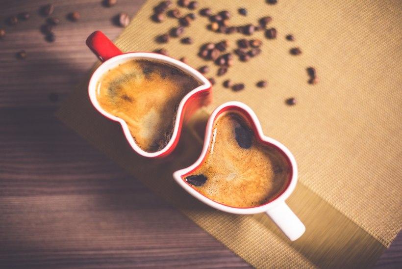 Millal on tegelikult kõige õigem aeg kohvitassi järele haarata?