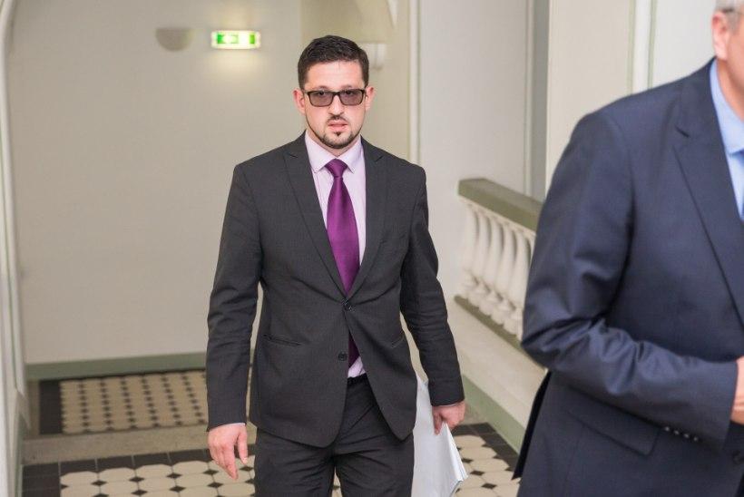 Süüdimõistetud Alar Nääme lahkub volikogu liikme kohalt