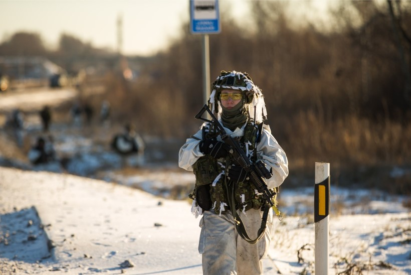 Riigikontrolli audit: kaitseväe lahinguvalmidus, mehitatus ja varustatus on paranenud, agasõjaajaks onreservväelasiettenähtust vähem