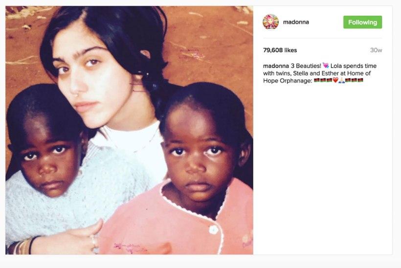 Madonna avaldas foto oma uutest kaksiktütardest
