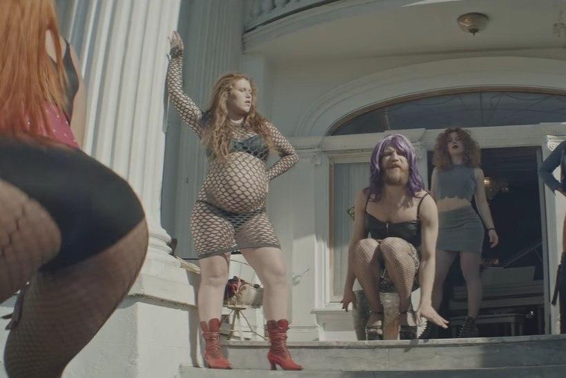 ебут украинских проституток