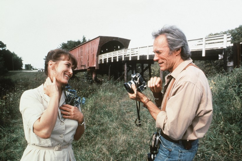 "Suri ""Madisoni maakonna sildade"" autor Robert James Waller"