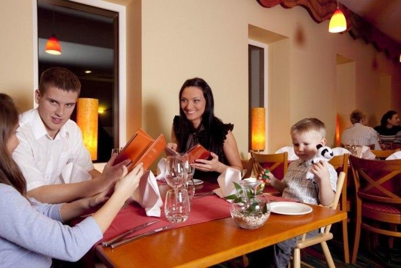 RÕÕM KEVADEST | Vahva perepuhkus majutusega Strandi juuniorsviidis