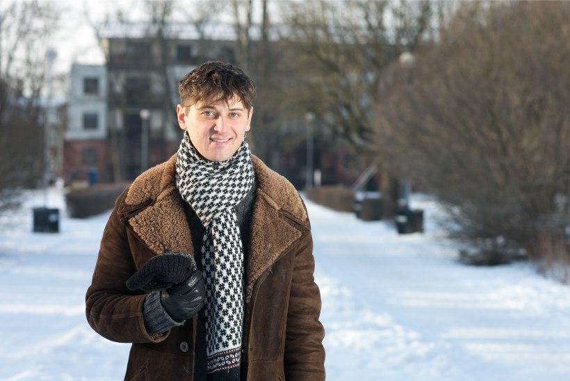 """""""Siberi võmmi"""" näitleja Robert Annus tunnistab: mu suur unistus oli saada politseiautojuhiks, sarjas mängides see täitus!"""