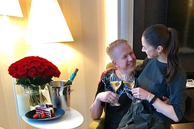 Mihkel Mattisen tähistas esimest pulma-aastapäeva eriti romantiliselt!