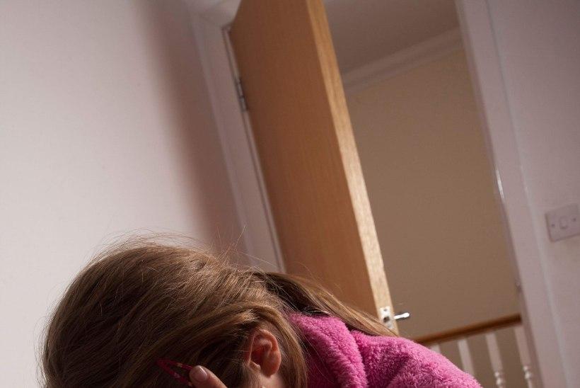 Enesetappu õhutavat mängu mänginud tüdruk: kui sa ennast ära ei tapa, siis nad ähvardavad su ise ära tappa