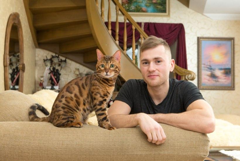 Tartu jalgpallur õpetab kassile vigureid