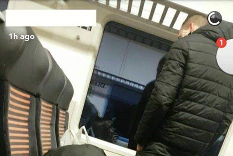 Reisija Elroni rongis: pissis istmele ja pikutas palja peega