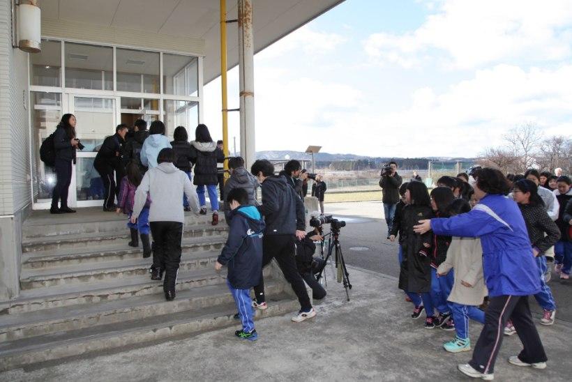 Põhja-Korea kartuses: Jaapani koolilapsed harjutavad evakueerumist