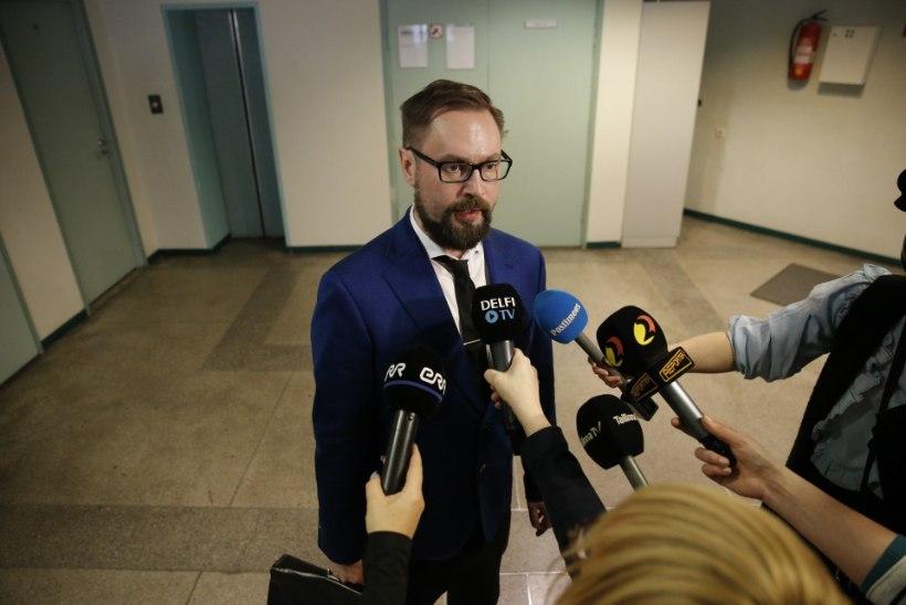 ÕHTULEHE VIDEO | Riigiprokurör: pole tuvastatud asjaolusid, mis takistaksid Savisaare ilmumist kohtusaali