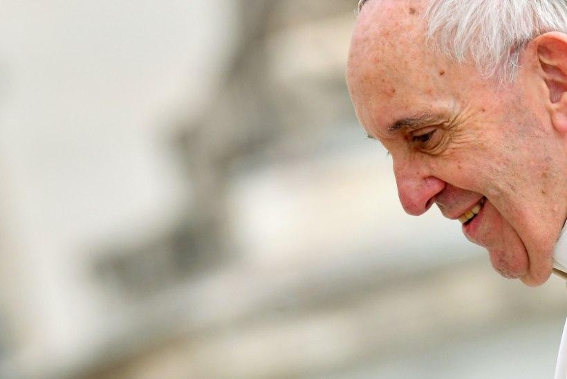 Paavst Franciscus läkitas noortele videosõnumi