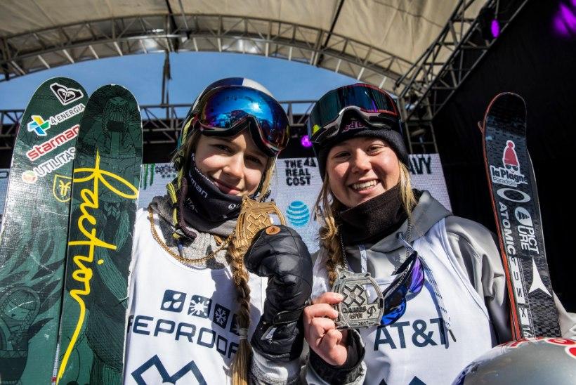 GALERII | Meenuta 7 tähtsat medalit, mis Kelly Sildaru vähem kui 1,5 aastaga võitnud!