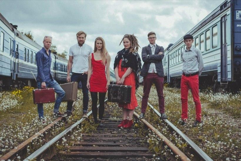 """Ansambel Antsud sai raudteeohutusorganisatsioonilt pahandada ja tegi sellest inspireerituna muusikavideo """"Rongilugu"""""""