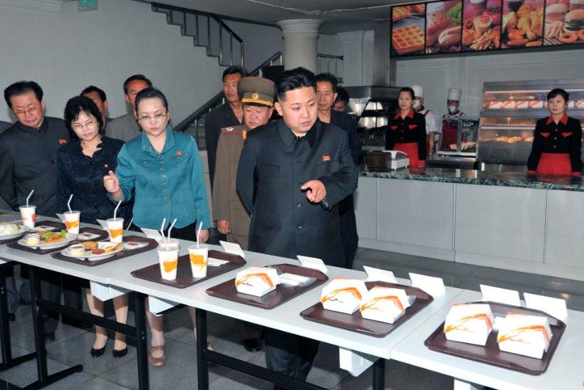 "USA senaator John McCain nimetas Kim Jong-uni ""hulluks paksuks poisiks"""