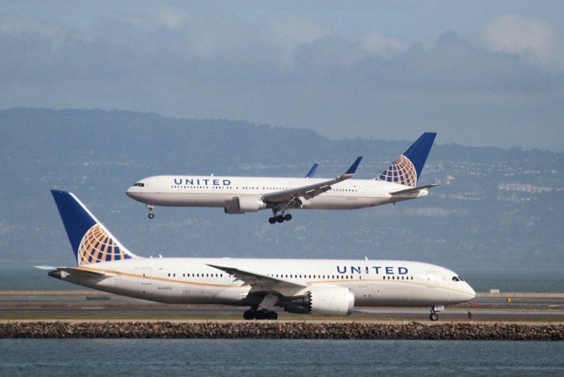 United Airlines ei lubanud liibuvates retuusides tütarlapsi oma lennukisse