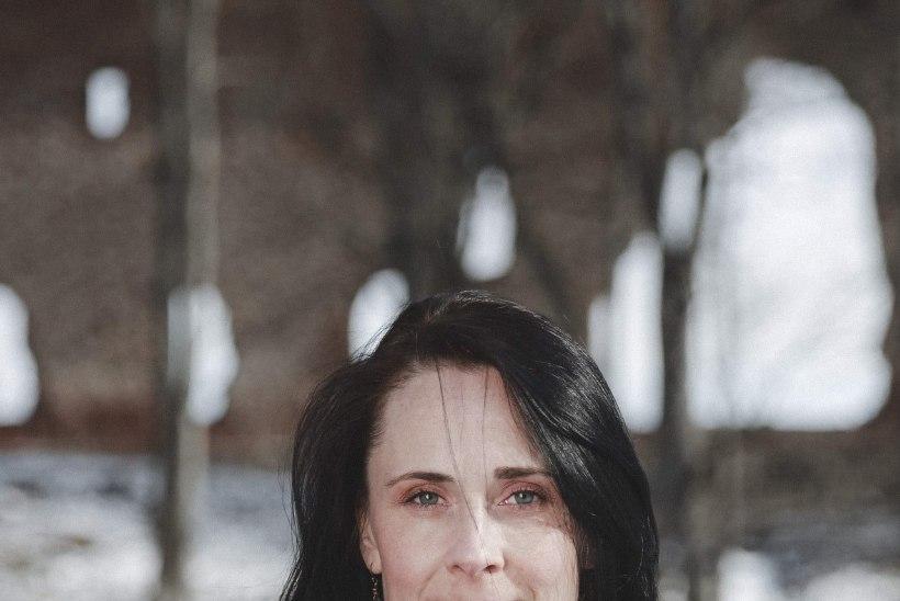 Näitleja Kadri Lepp: tass head kohvi ja šokolaadikook teevad õnnelikuks