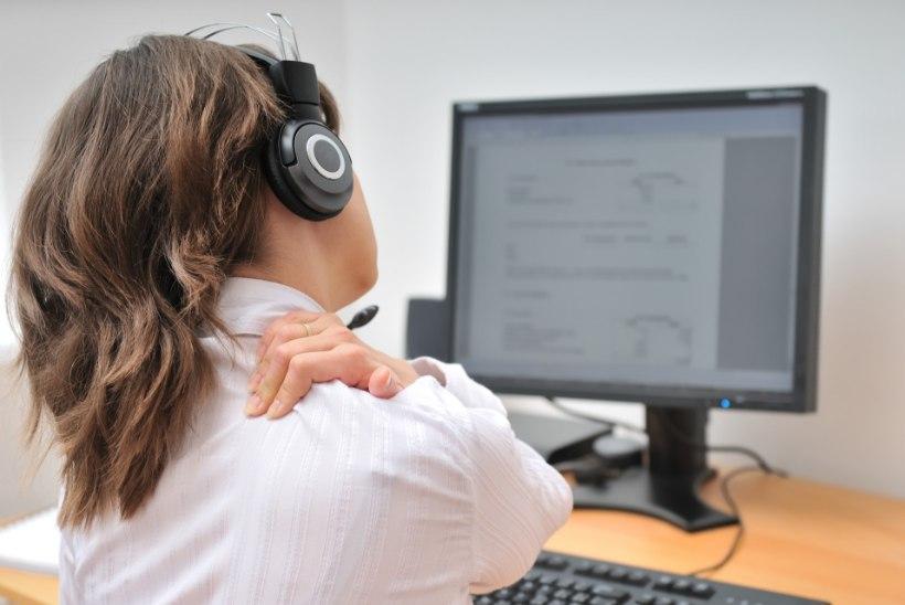 Kolm harjutust, mis aitavad istuva tööga inimestel end vormis hoida