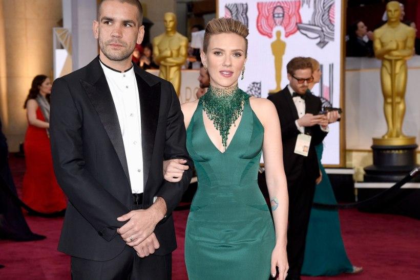 Scarletti eksabikaasa tahab temalt tütart võtta?