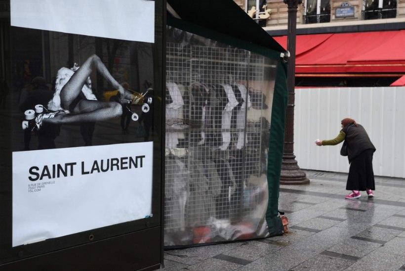 Saint Laurent'il kästi Pariisi linnapildist eemaldada esteetilist meelt riivavad plakatid