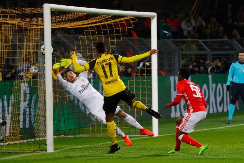 GALERII | Aubameyangile kübaratrikk ning Borussia kindlalt edasi