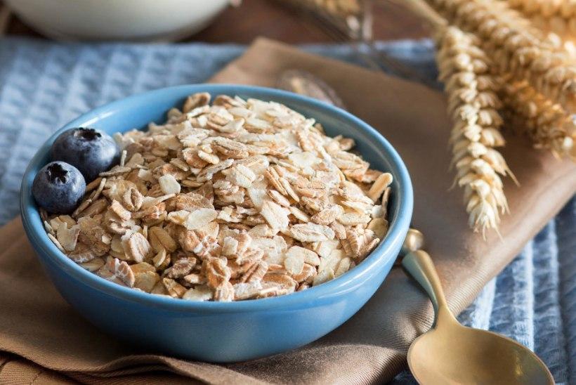 LIHTNE SOOVITUS: kuidas hommikupuder toitvamaks muuta