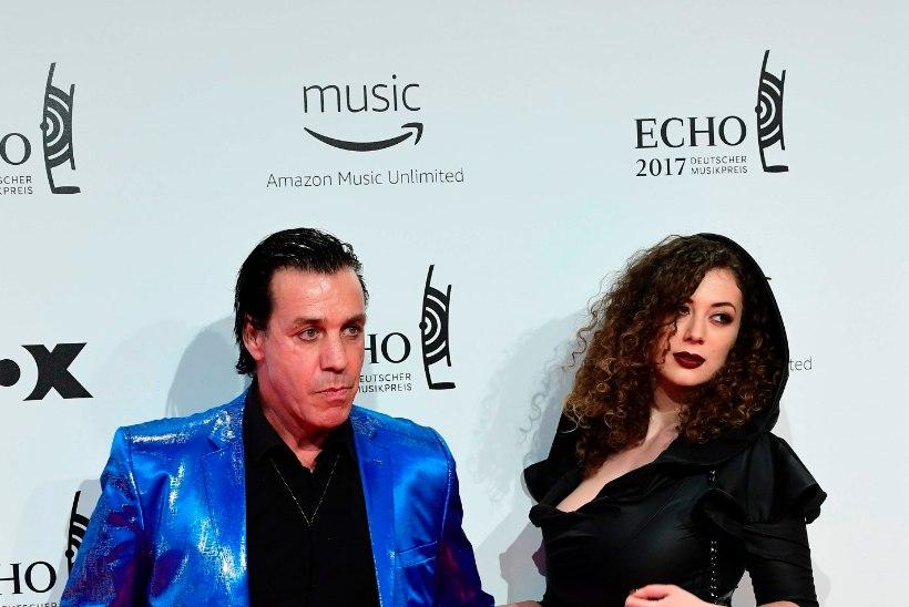 Rammsteini laulja vahetas senise pruudi veelgi noorema tissimodelli vastu