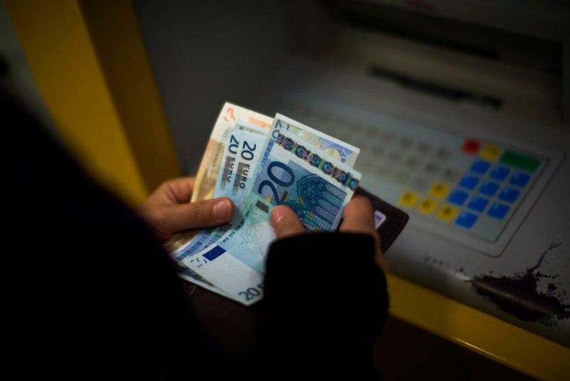 KAPO AASTARAAMAT | Venemaa kodanik üritas Eesti panga kaudu Donetskisse raha kanda