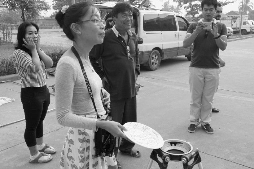 """Tambet Tuisk: """"Laoses said nii filmitegijad kui ka võtteplats esmalt preestri õnnistuse."""""""