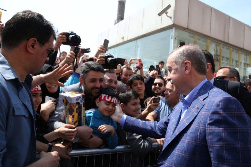 Türklased hääletasid Erdoganile võimu juurde