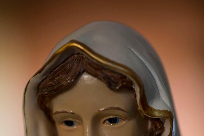 VIDEO | Neitsi Maarja kuju nutab