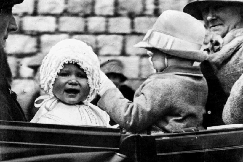 PALJU ÕNNE! Kuninganna Elizabeth II tähistab täna 91. sünnipäeva