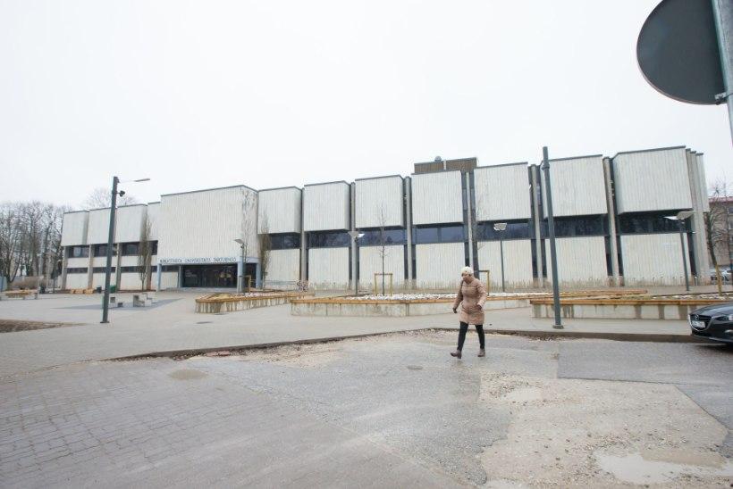 Raamatukogu punnseisus: remont seisab, riigihanget pole, kohus ootab!