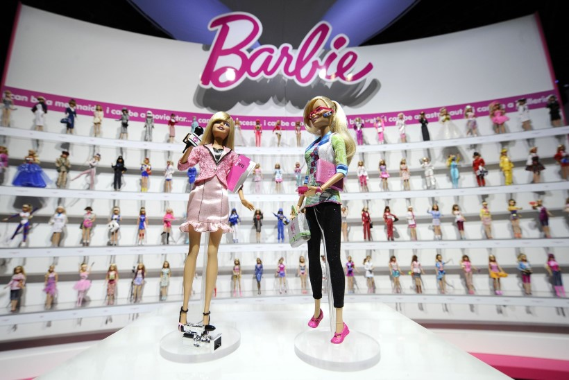 Barbie müüginumbrid langevad kolinal