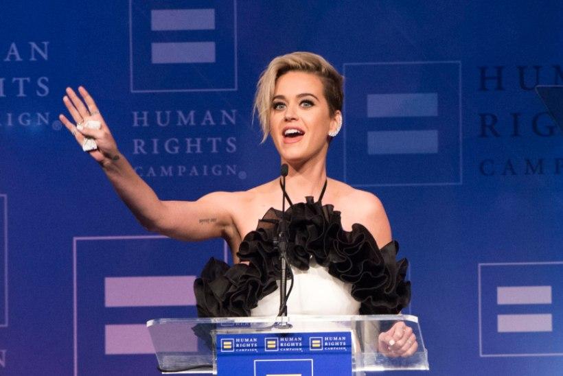 Paks pahandus: Katy Perry võrdles end hindu jumalannaga