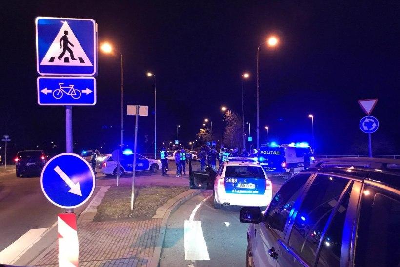 Politsei eest põgenenud mootorrattur: miks peab teelt rammitud ja vigastatud inimesed maha suruma?