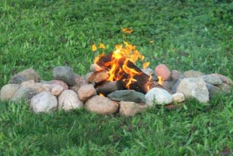 Kuidas teha aeda lõket või õueküünalt?