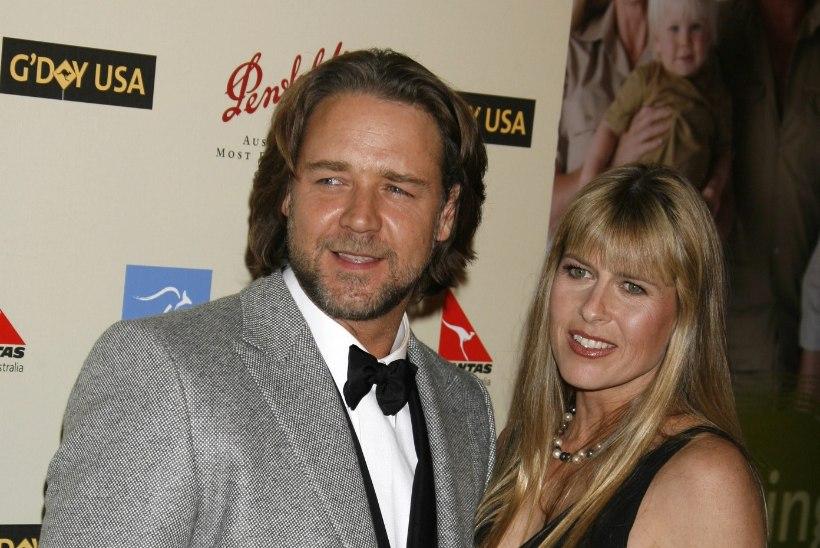 Russell Crowe'l on Krokodilliküti lesega armulugu?!
