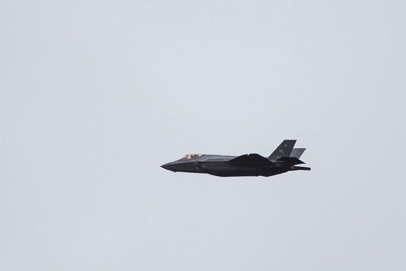 GALERII | Eestisse saabusid ühed moodsamad hävitajad F-35
