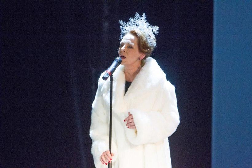 GALERII | Draamateatris tähistati näitlejanna Ülle Kaljuste 60. sünnipäeva