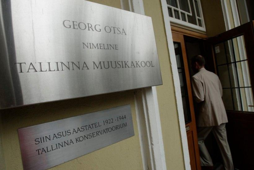 Ministeerium: Saluveeri koolijuhina jätkamine pole sugugi kindel
