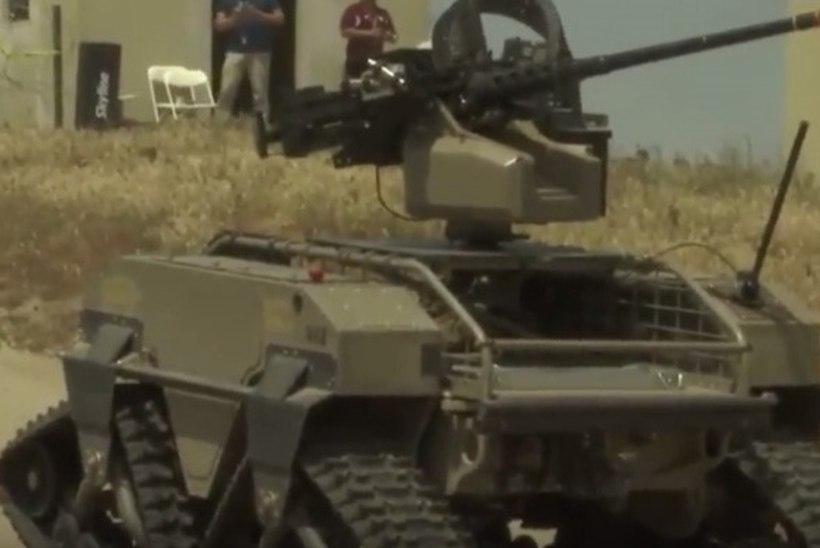 VIDEO   USA merejalavägi harjutas sõdimist koos robotitega