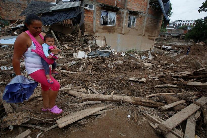 KURVAD NUMBRID   Colombia maalihkes hukkus vähemalt 44 last