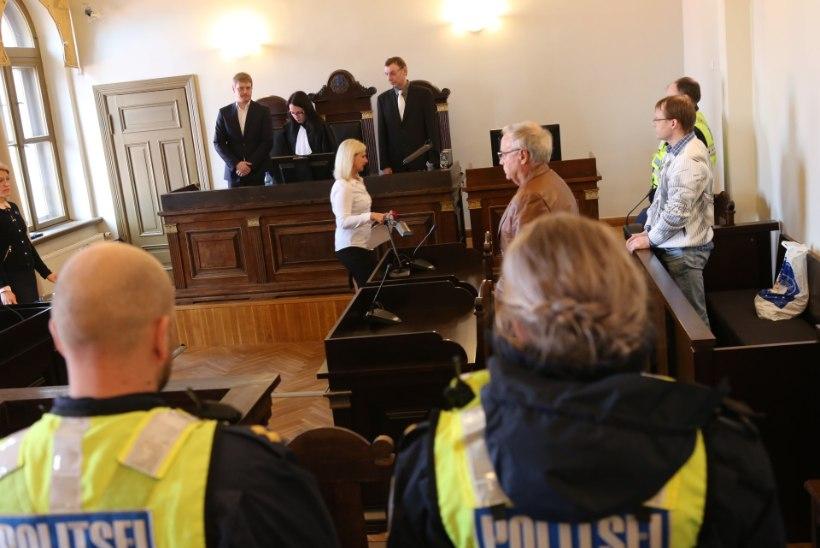 Viljandi tulistaja kuulas tuimalt kohtuotsuse ära ja ägestus siis