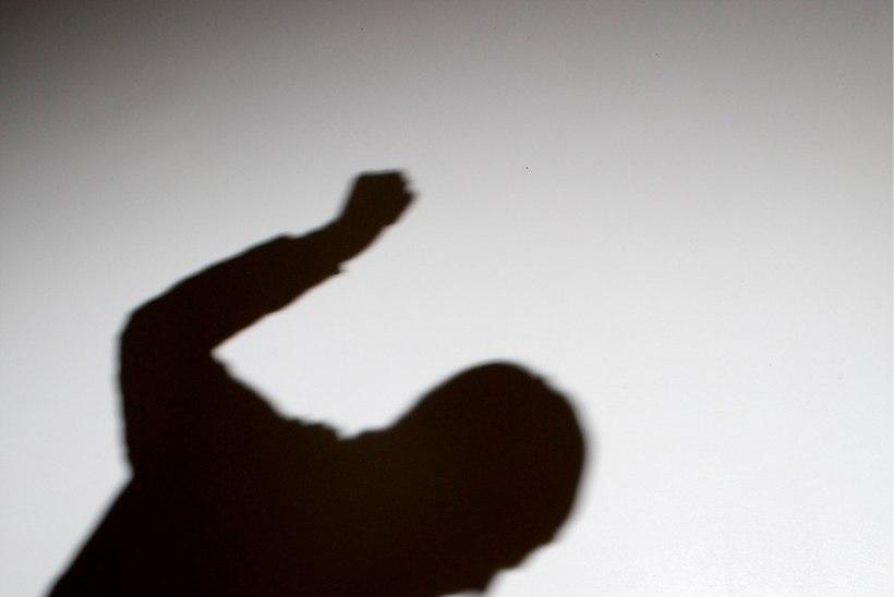 13-aastane poisike peksti Rakvere kesklinnas õhtupoolikul läbi