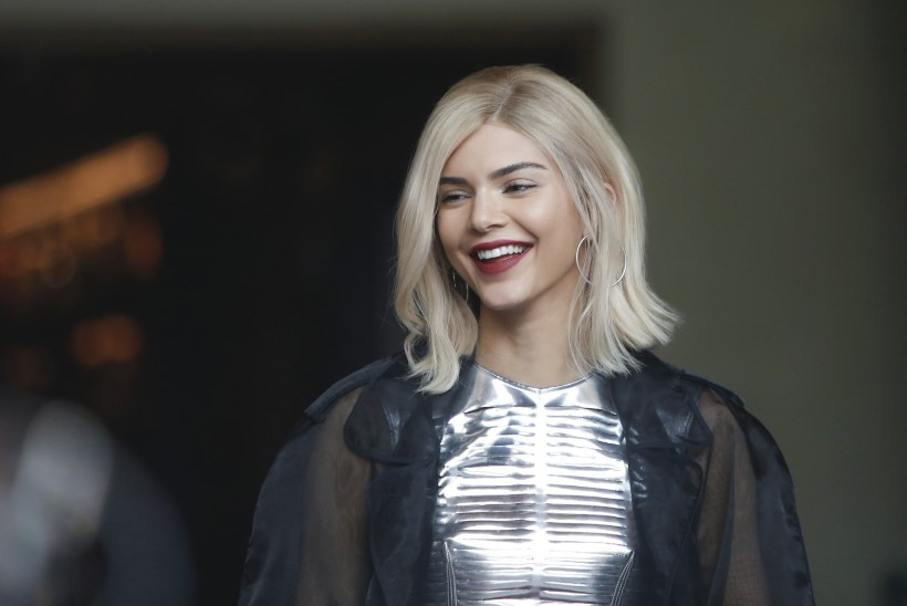 Kendall Jenneri Pepsi reklaamist tuli paks pahandus, klipp võeti eetrist