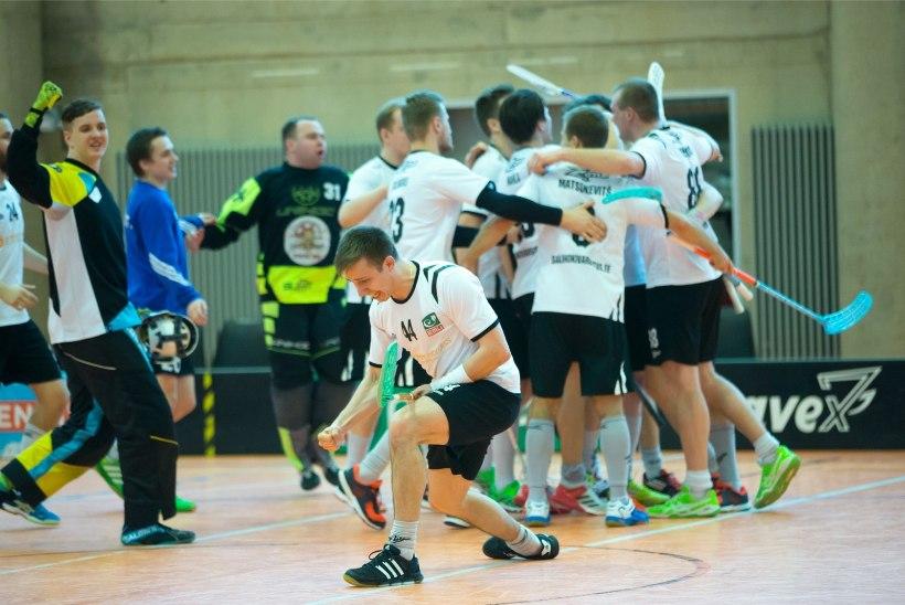 GALERII | Ka mehed hoidsid Tartu saalihoki lippu kõrgel